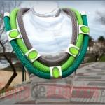 Collar Cordón Escalada con Cabujones Verdes