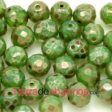 Facetada 8mm Opaque Green Picasso