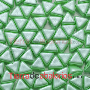 Kheops® Par Puca® 6mm Pastel Green Chrysolite