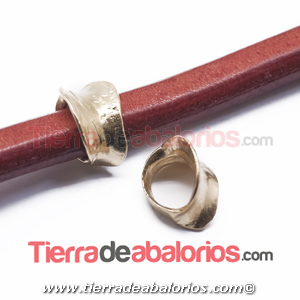Entrepieza Regaliz Irregular 15x11mm Agujero 10x7mm Dorada
