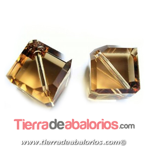 Cubo Diagonal Swarovski 8mm, Light Colorado Topaz